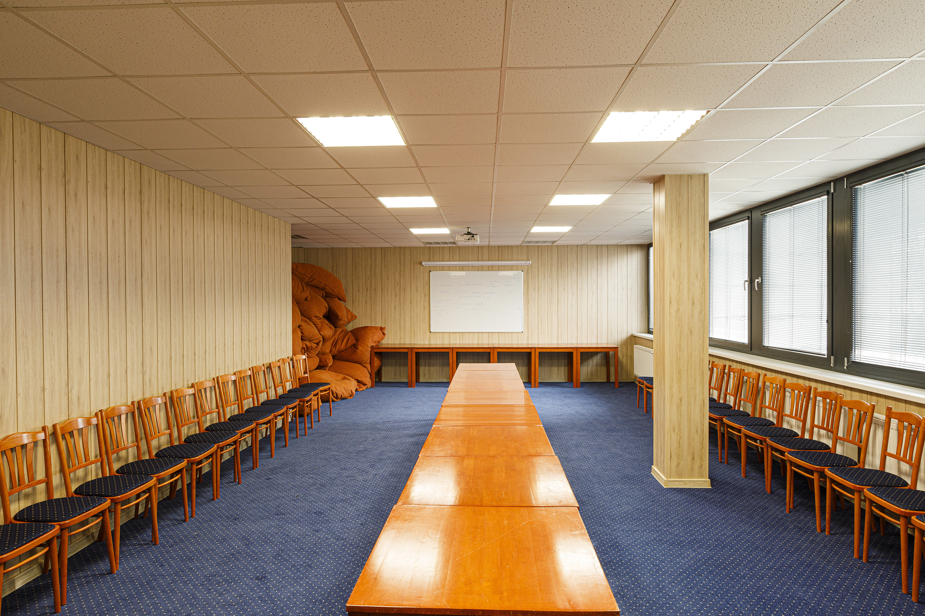 Konferenciaterm kicsi2